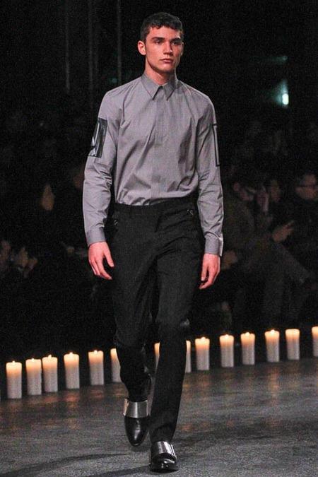givenchy-paris-fashion-week-fall-2013-12