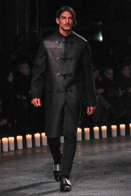 givenchy-paris-fashion-week-fall-2013-15