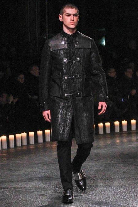 givenchy-paris-fashion-week-fall-2013-17