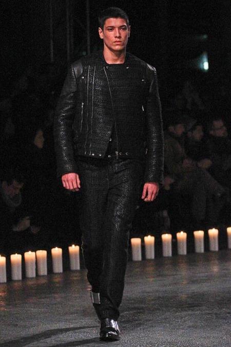 givenchy-paris-fashion-week-fall-2013-23