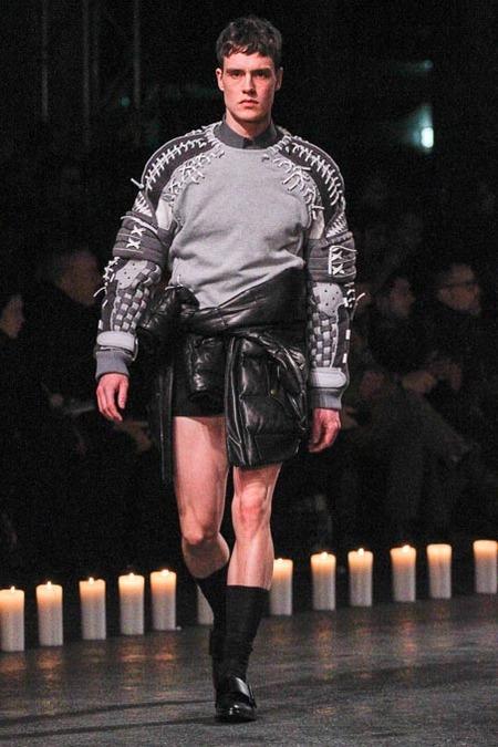 givenchy-paris-fashion-week-fall-2013-33
