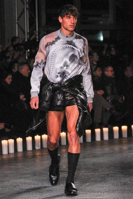givenchy-paris-fashion-week-fall-2013-36