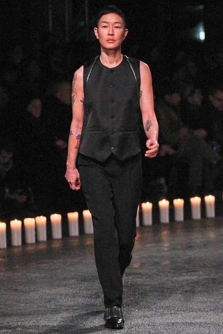 givenchy-paris-fashion-week-fall-2013-38
