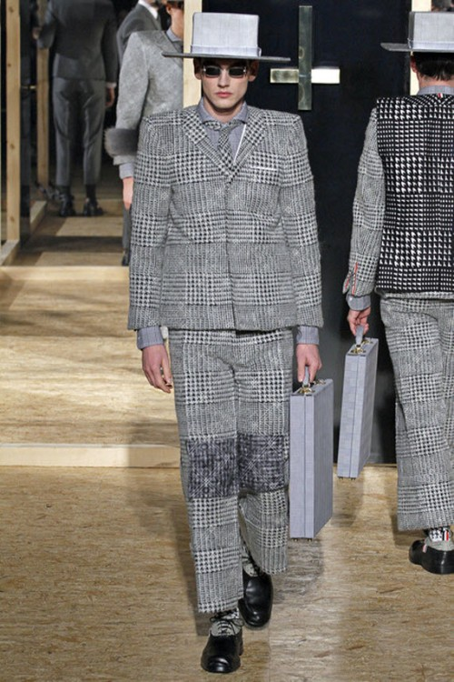 thom-browne-fallwinter-2013-mens-collection-runway-show-17