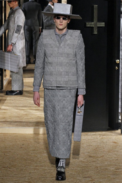 thom-browne-fallwinter-2013-mens-collection-runway-show-19