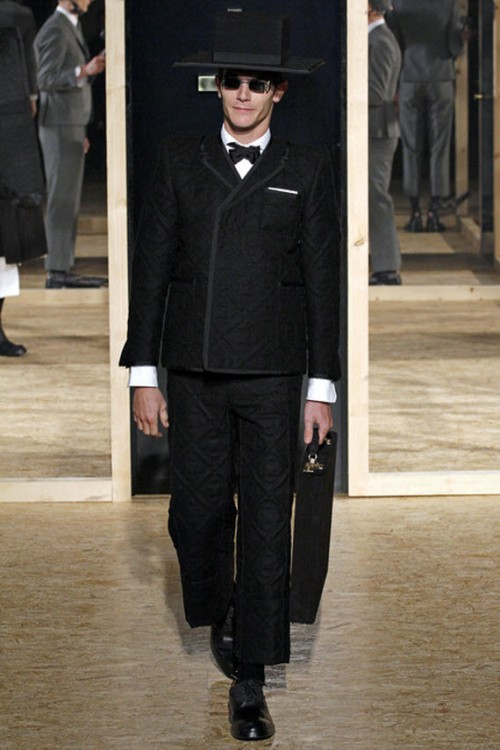thom-browne-fallwinter-2013-mens-collection-runway-show-27