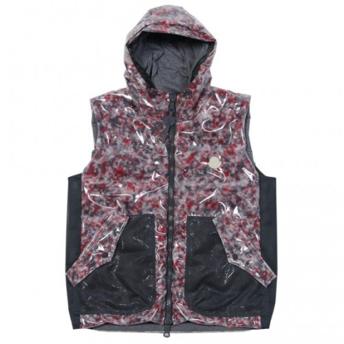 moncler-r-collection-10-570x570