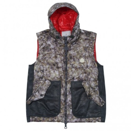 moncler-r-collection-12-570x570